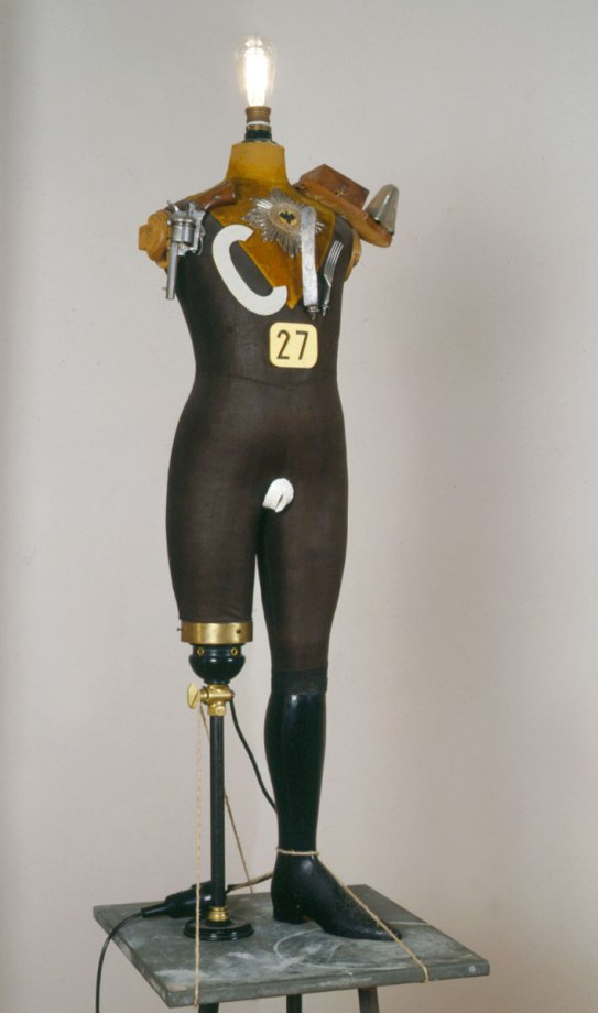 8b heartfield mannequin
