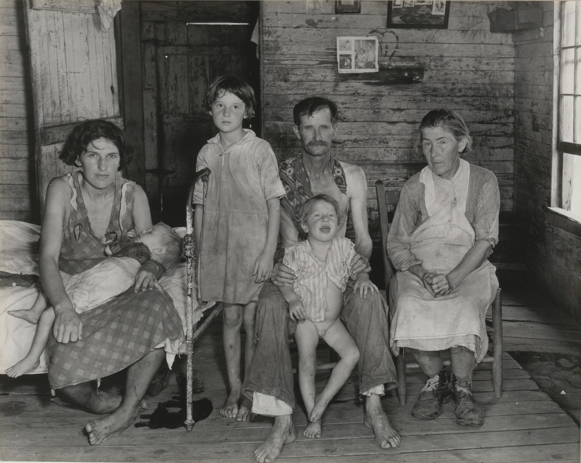 28 evans sharecroppers family.jpg