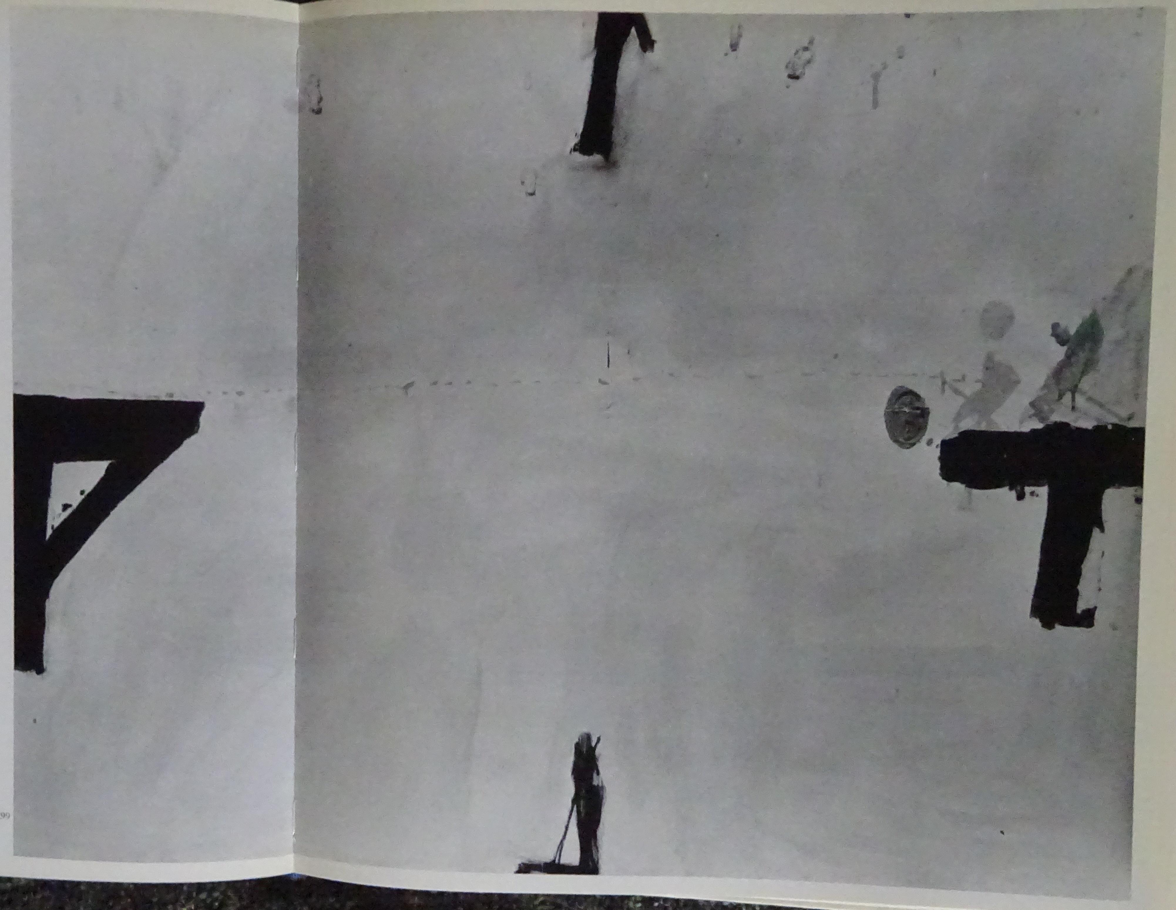 3 DSC09892 white w 4 black signs 1964-5.jpg