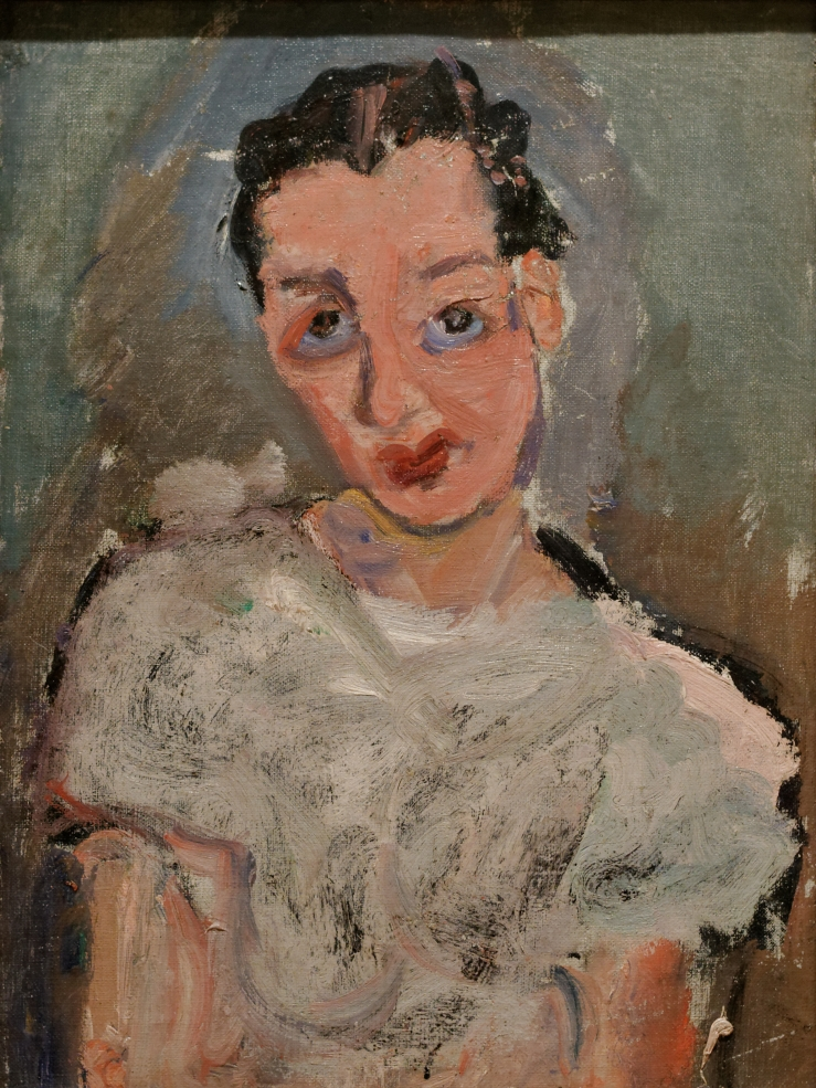 18A soutine young woman in white blouse 1923.jpg