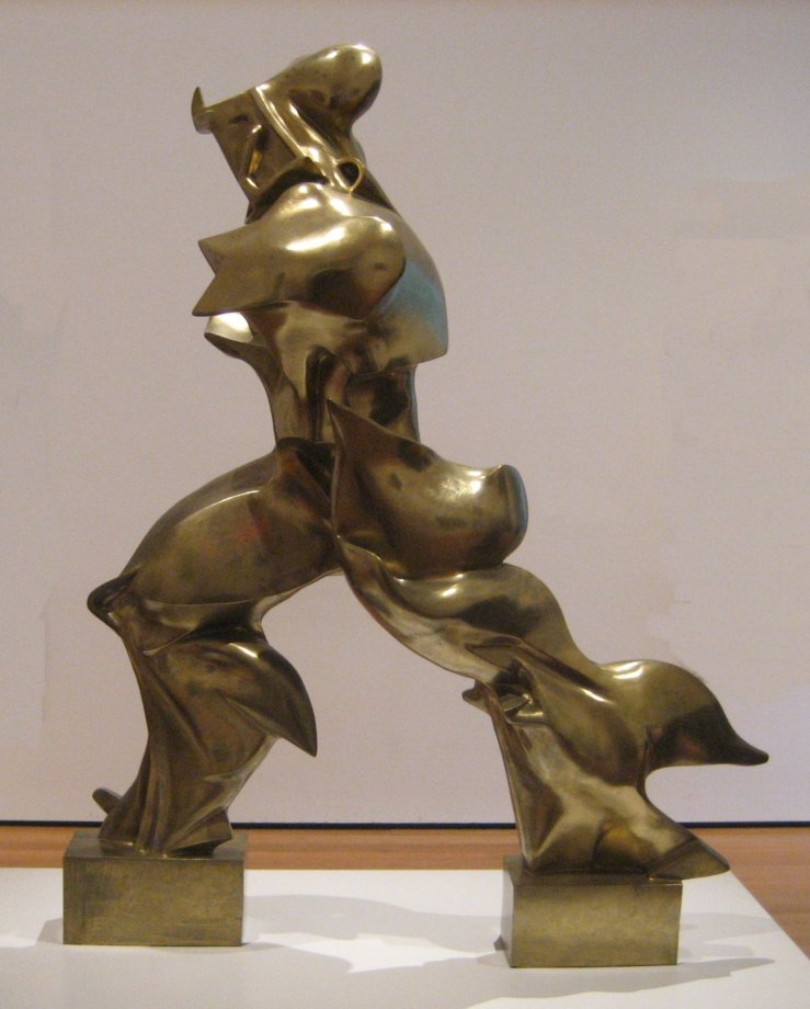 1 'Unique_Forms_of_Continuity_in_Space',_1913_bronze_by_Umberto_Boccioni.jpg